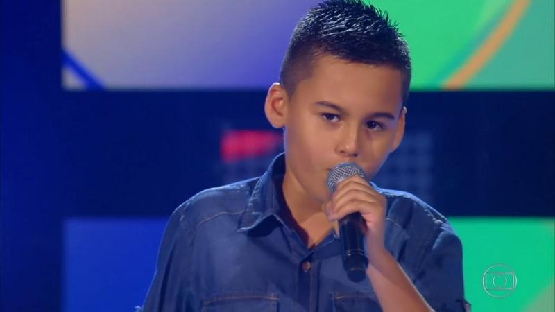 Maetinguense dá show nas audições às cegas do The Voice Kids e fará parte  do time de Simone e Simária