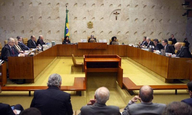 Motorista que foge do local do acidente comete crime, decide STF
